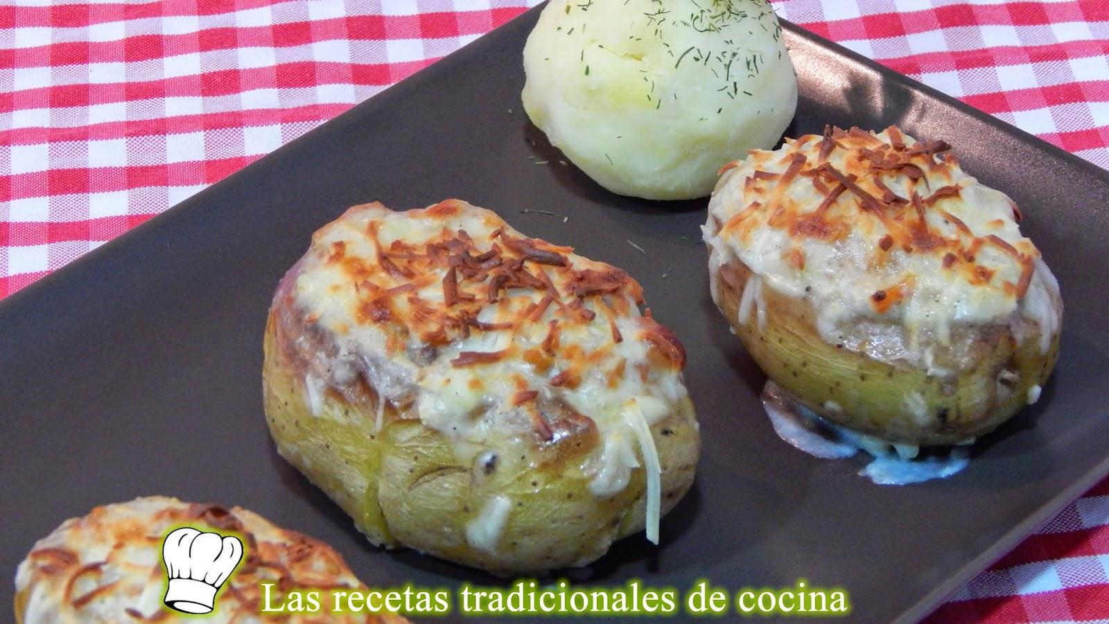 Patatas rellenas de carne y jamón con bechamel