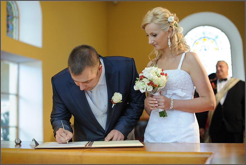 civilinė santuoka anykščių santuokų rūmuose