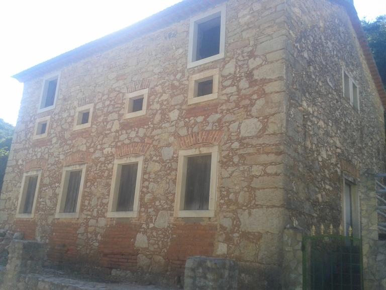 Alojamento em pedra