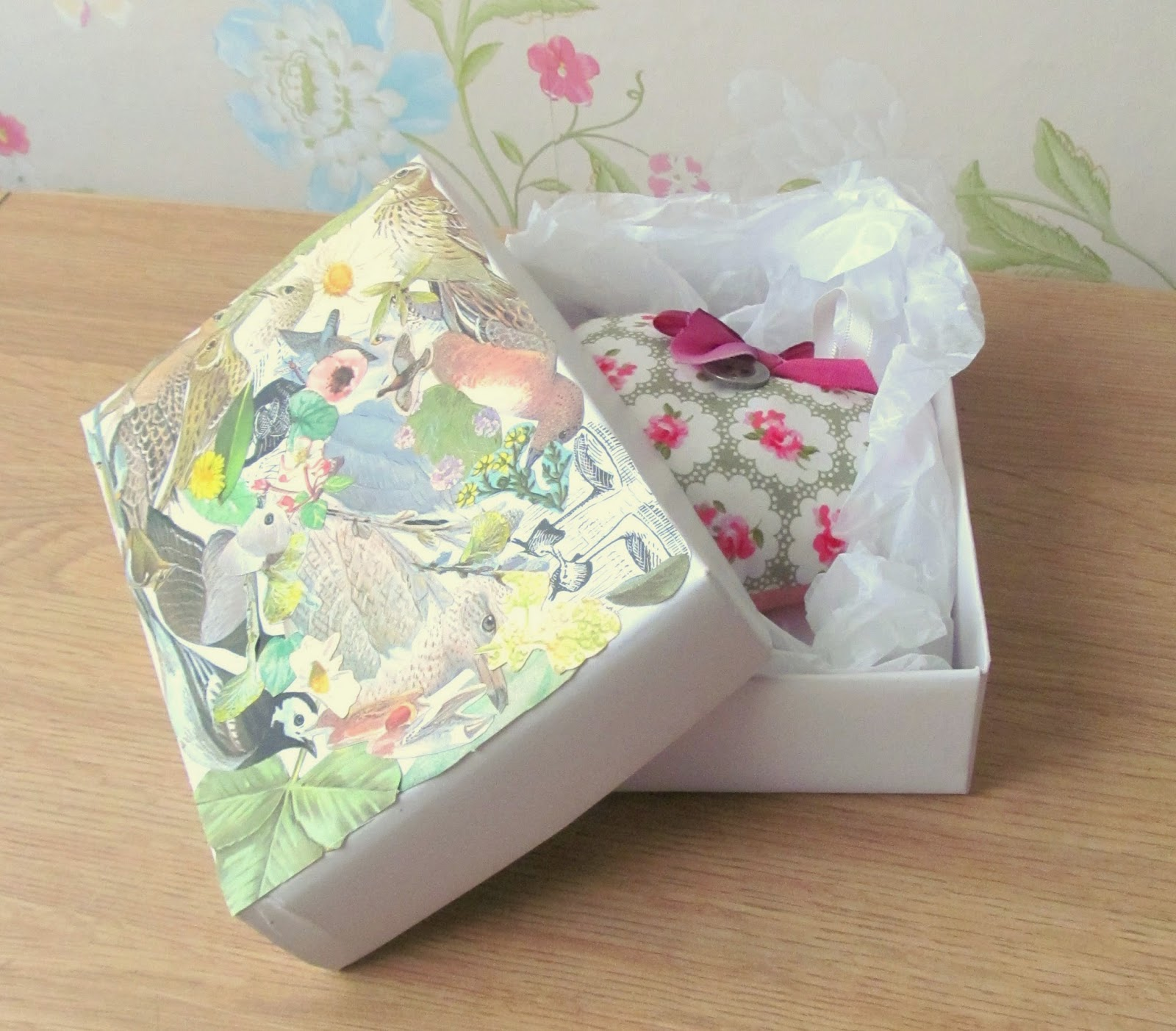Decoupaged gift box tutorial - Pink Flamingo Handcrafting