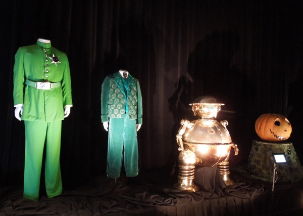 Return to Oz movie costumes