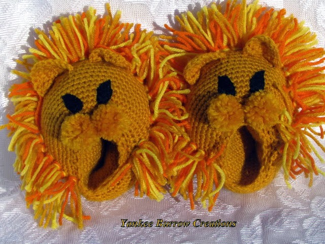 https://www.thecraftstar.com/product_details/135904/lion-head-slippers-crocheted-for-children/