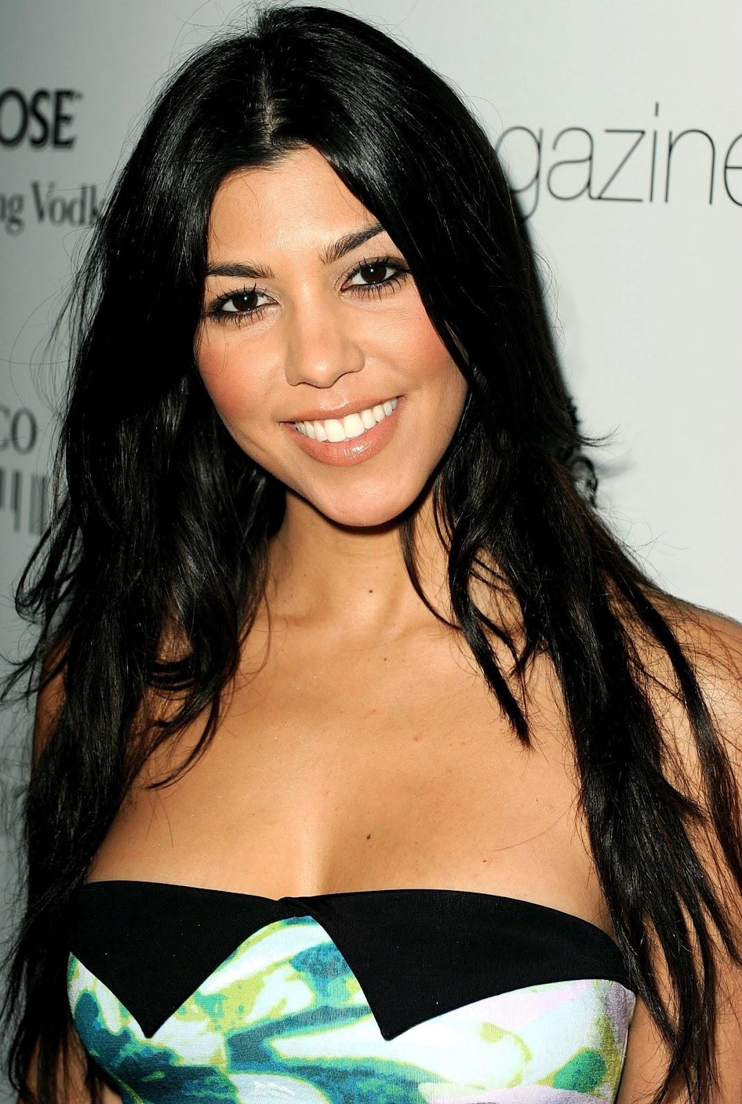 http://4.bp.blogspot.com/-4uJTLVYVzKU/T_sz3uuPqAI/AAAAAAAAEO8/SNm-eXy3T3w/s1600/Kourtney+Kardashian(4).jpg