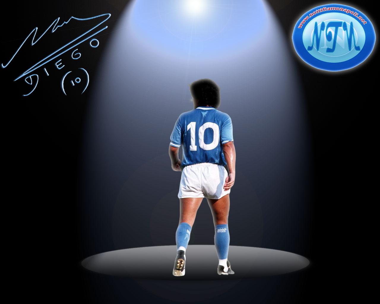 http://4.bp.blogspot.com/-4uRNC2II0ko/T8jDZeXIMlI/AAAAAAAAD2Y/Oiy3BStbuao/s1600/Diego+Maradona+HD+Wallpapers+05.jpg