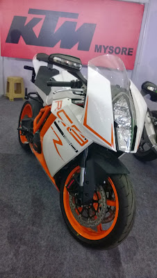 KTM-RC8-1190-at-Mysore-Auto-Expo