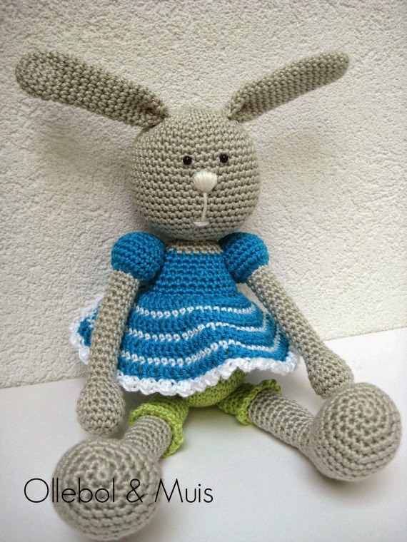 https://www.etsy.com/listing/166585792/crochet-rabbit?ref=favs_view_5