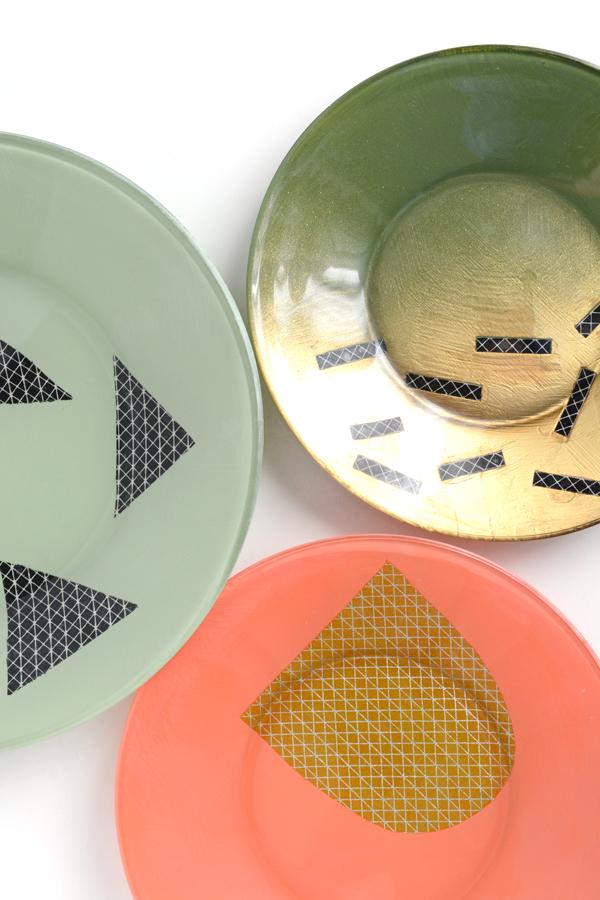 DIY Modern Decorative Plates - Oleander + Palm