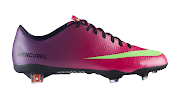 Chuteira Nike Mercurial Vapor IX Roxa/Rosa (chuteiras nike mercurial vapor ix roxo rosa)