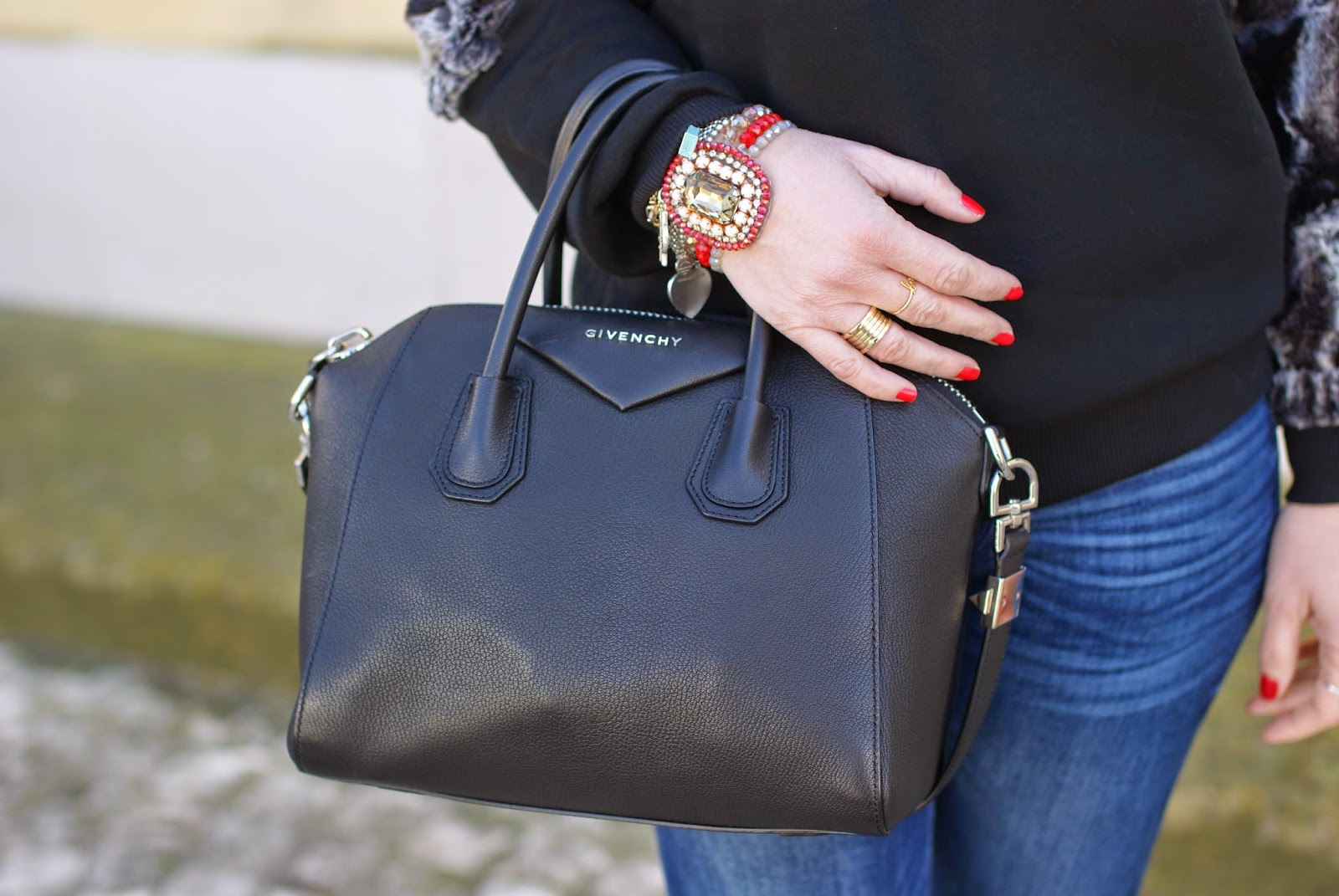 Givenchy Antigona piccola, Givenchy Antigona bag small, Fashion and Cookies fashion blog, fashion blogger