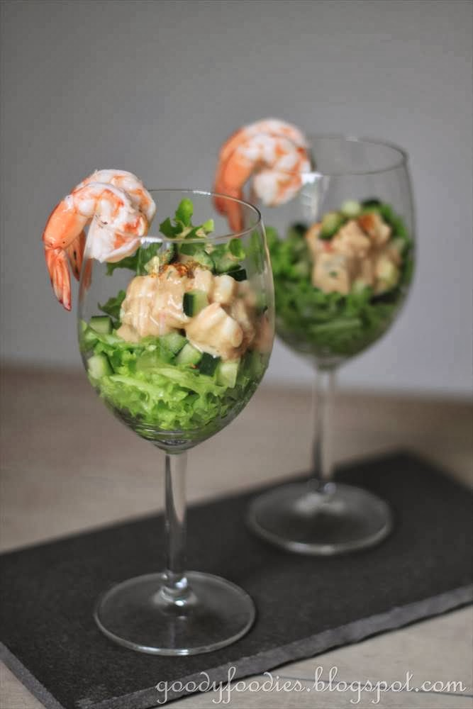 goodyfoodies recipe prawn cocktail with yogurt dressing. Black Bedroom Furniture Sets. Home Design Ideas