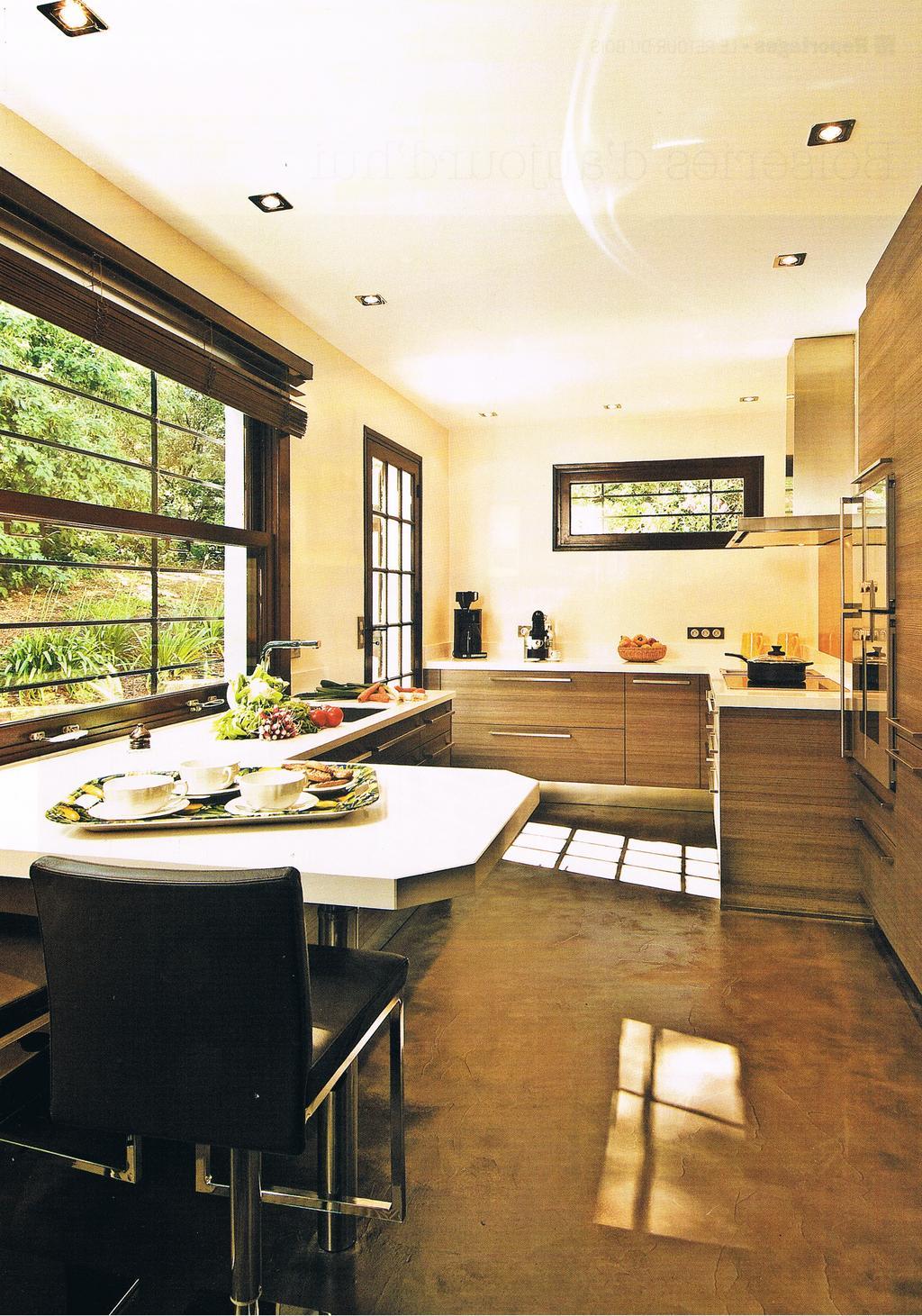 Achat vente et pose de cuisine haut de gamme sur le for Marques de cuisines equipees