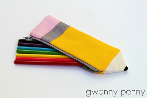 sewing patterns: pencil pouch tutorial