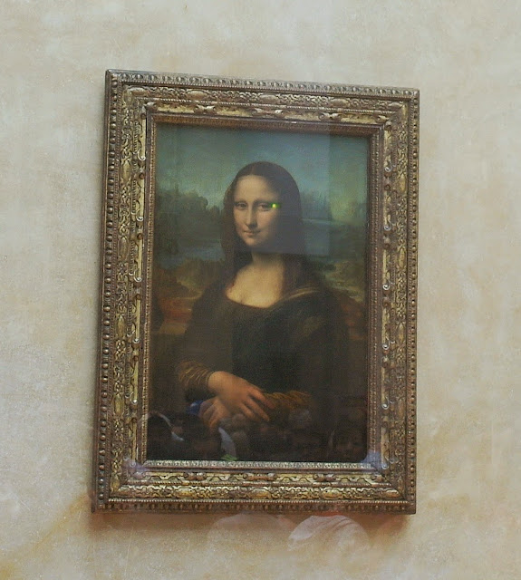 Mona Lisa painting in Paris
