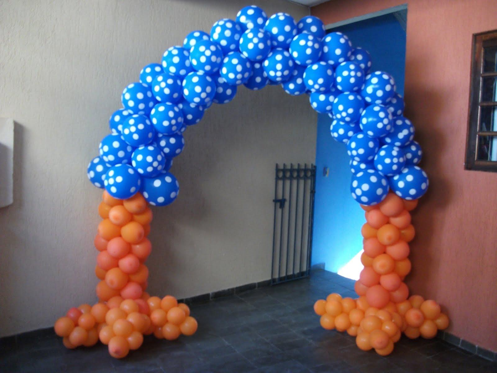 Arco da Galinha Pintadinha