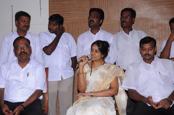ranjitha press meet unseen pics