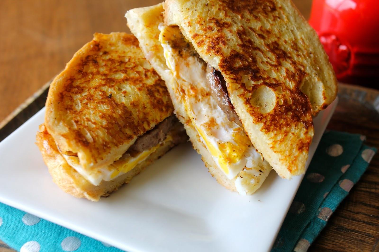Mrs. Schwartz's Kitchen: French Toast Breakfast Sandwich