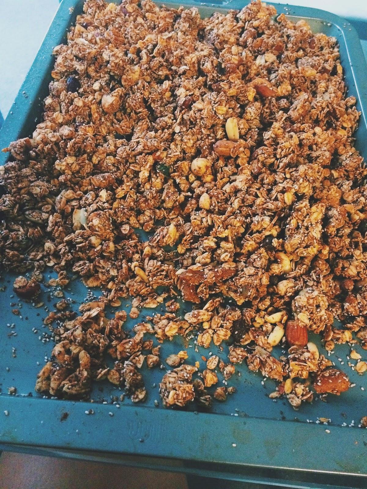 Homemade Cinnamon Granola Clusters