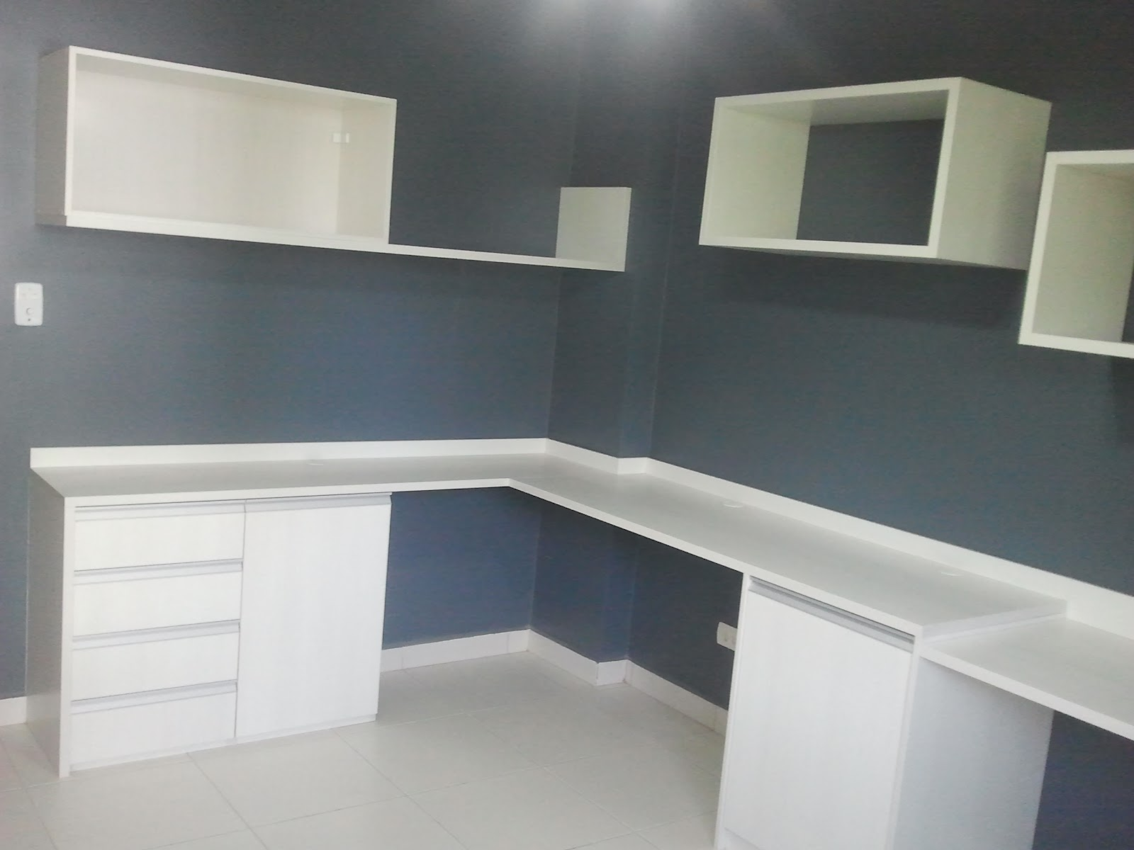 Armario De Parede Com Nicho : Fim da montagem do home office e mesa retr?til na cozinha