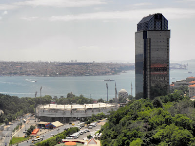 ritz-carlton-istanbul-close-sea-side