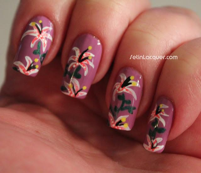 Floral - lily nail art