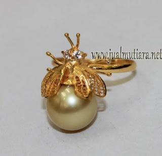 cincin emas model serangga