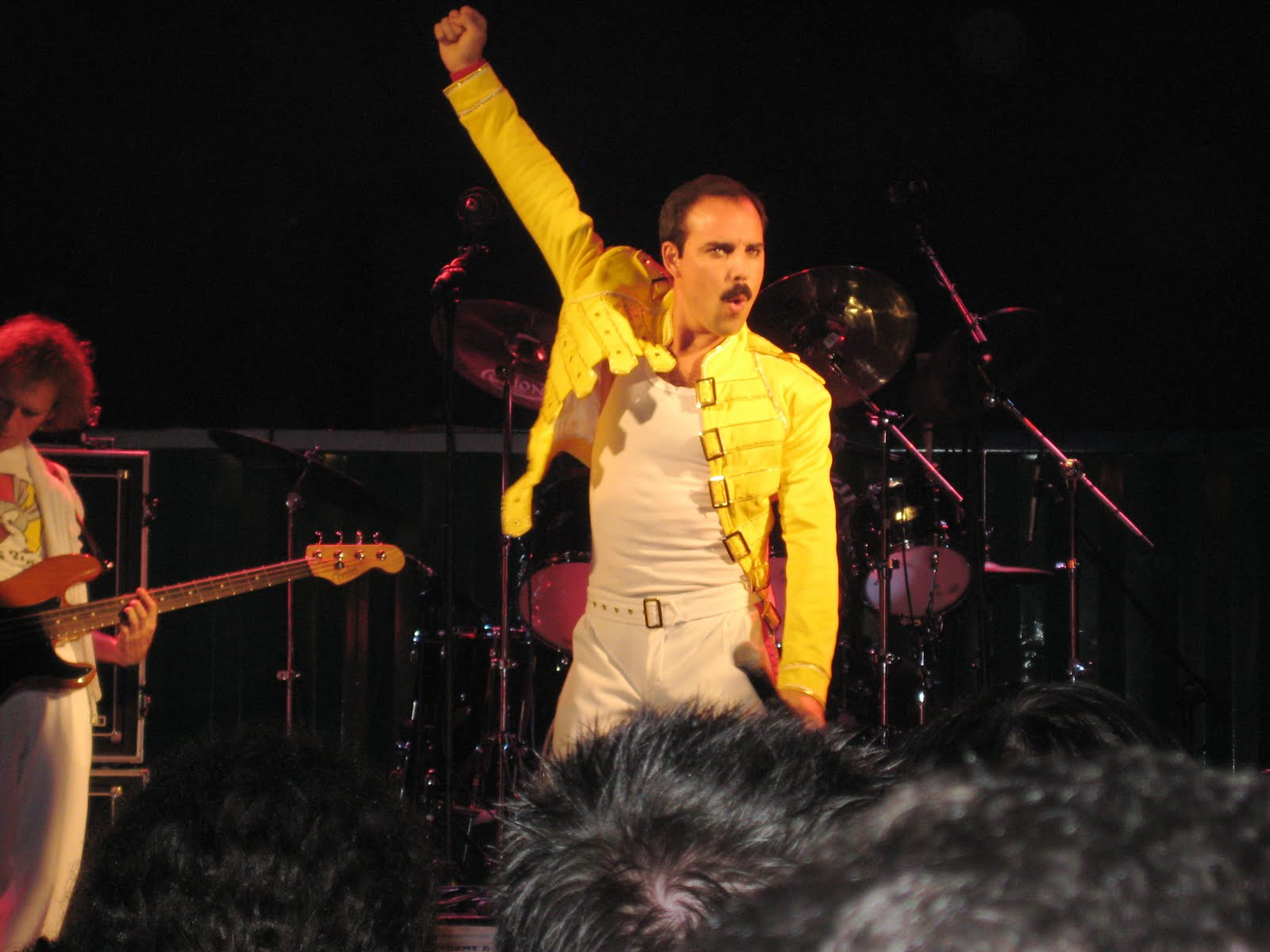 Valladolid daily photo q is for queen tribute band