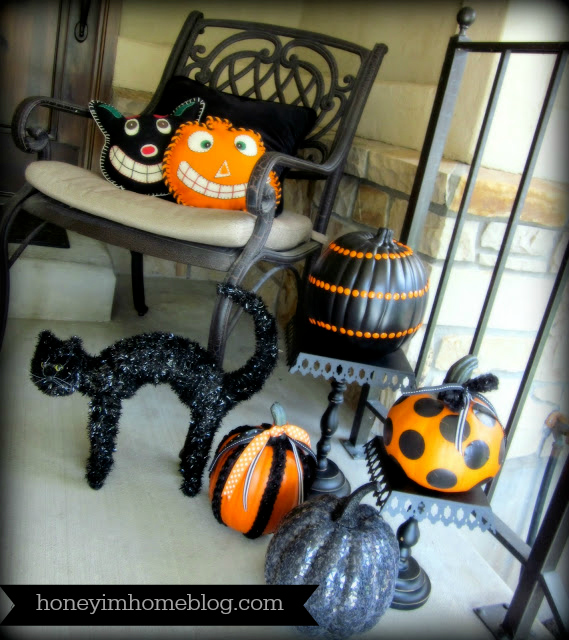Honey i 39 m home jolly halloween decor for the porch a tv for B m halloween decorations
