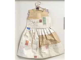 Vestido sobres de Correos