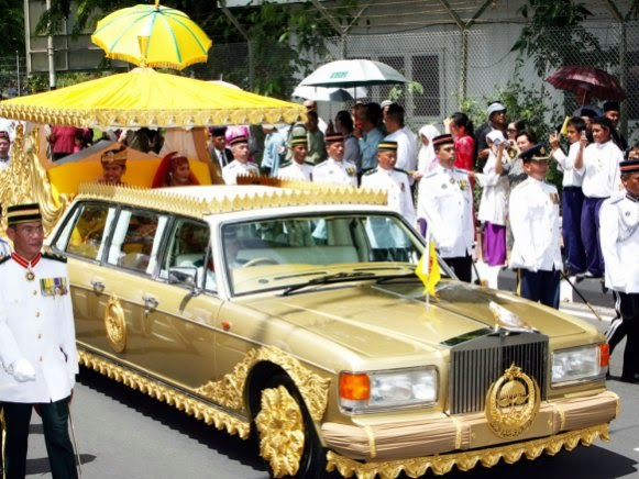 Limousines: The Sultan of Brunei's Rolls Royce Silver Spur Limo- $14 ...