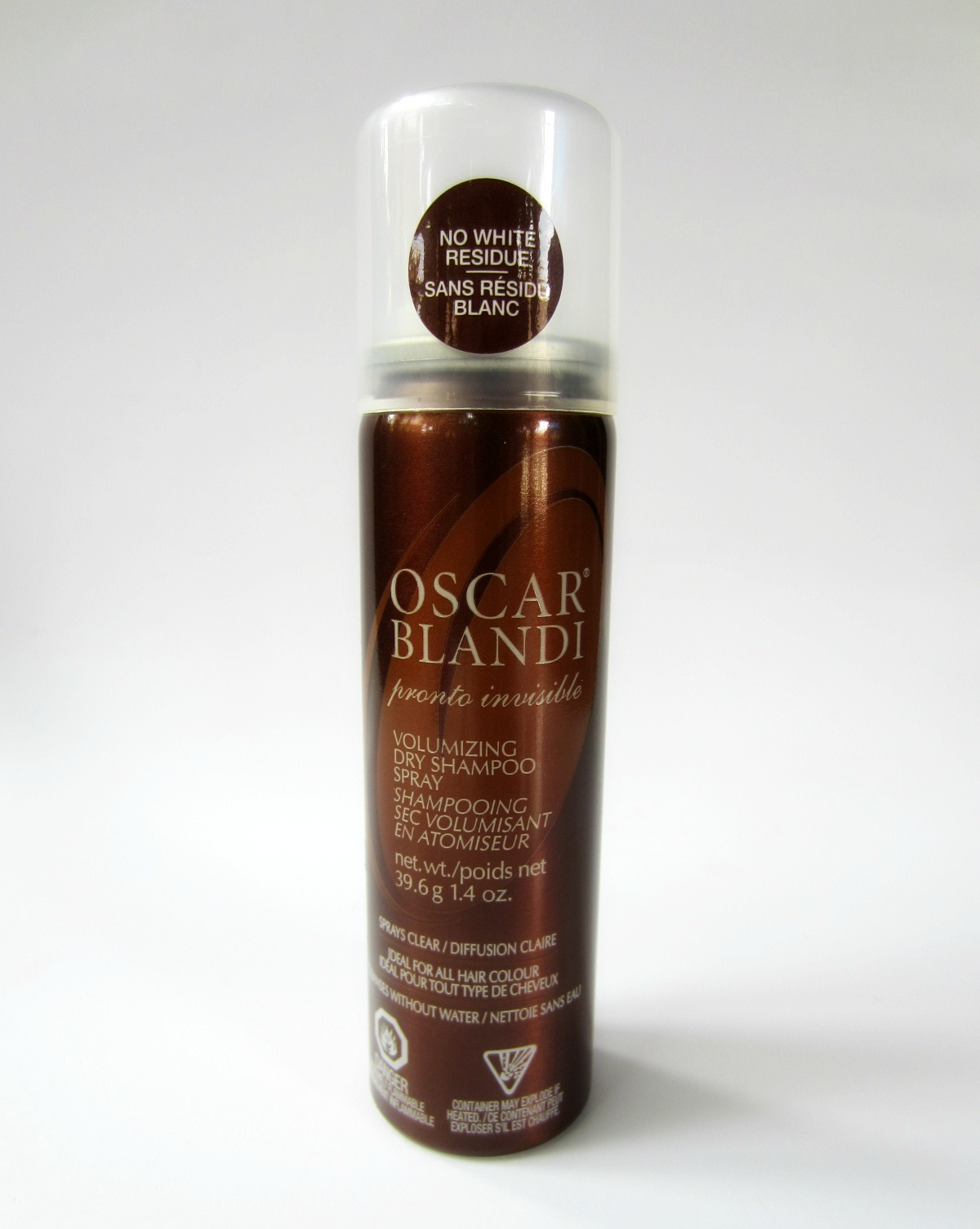 This Oscar Blandi Jasmine Oil Serum provides instant and long-lasting shine to all hair types. Minimizes frizz and flyaways. Strengthens and moisturizes to help protect hair from heat damage.