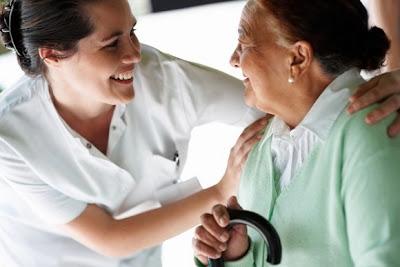 Perawat Kesehatan Orang Jompo