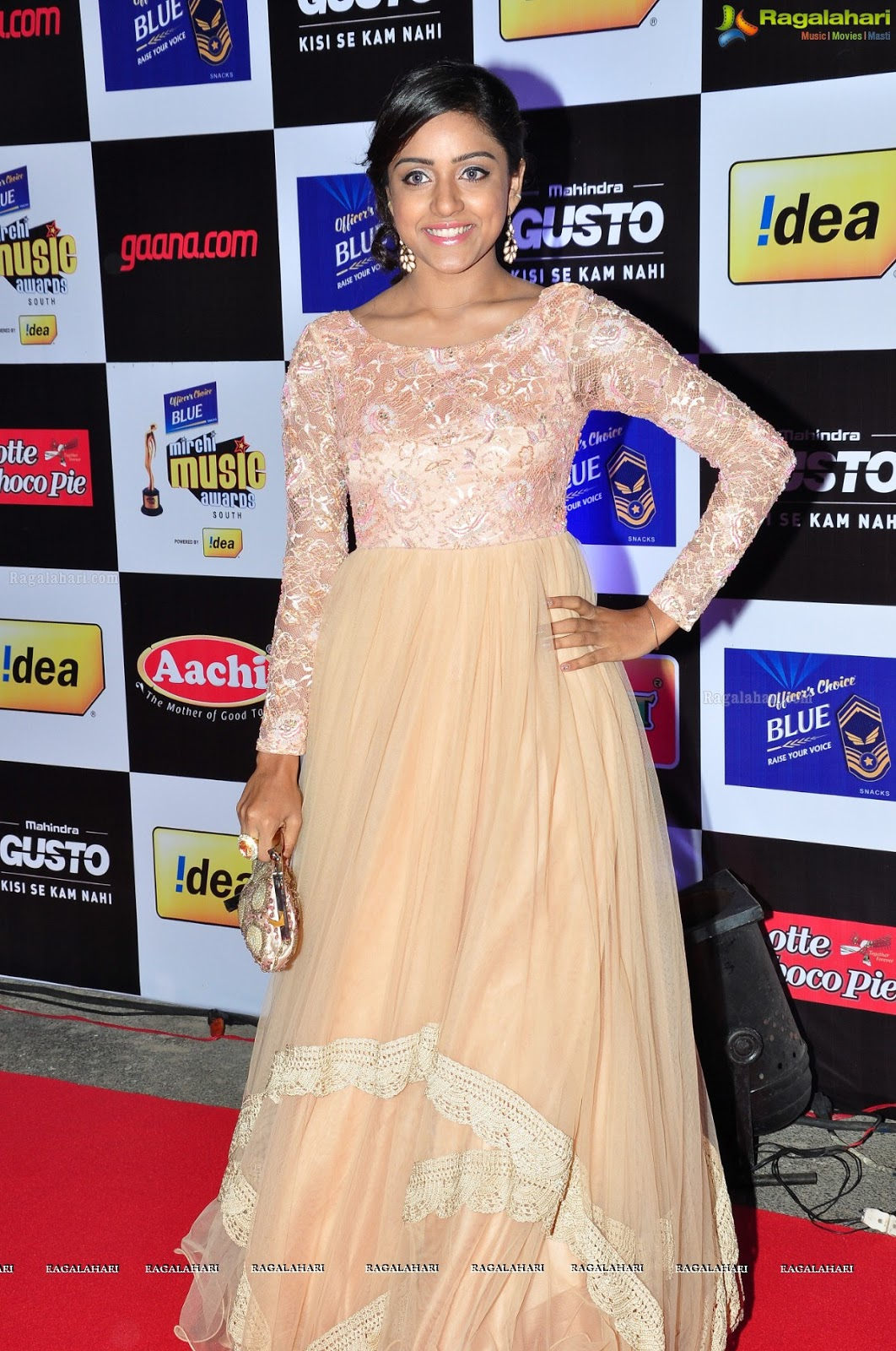 Vithika Sheru At Mirchi Music Awards 2014 Photos,Actress Vithika Sheru, Vithika Sheru New Photos, Vithika Sheru New