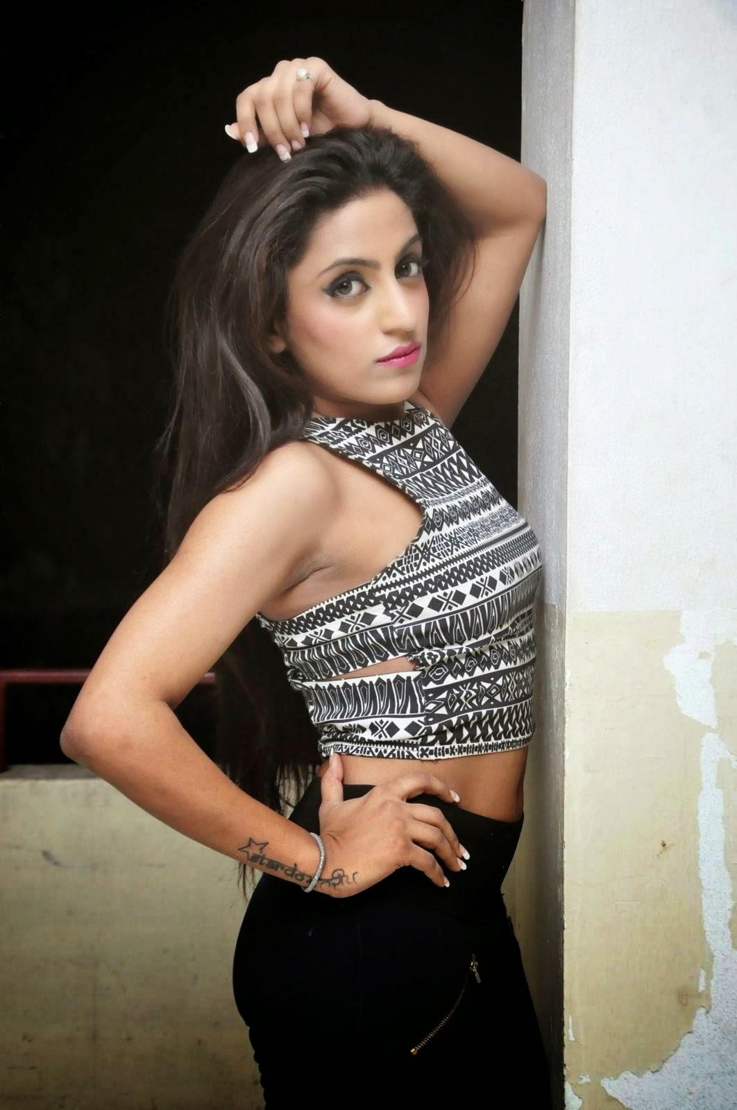 Vriti Khanna Stills At Calling Bell Movie Success Meet