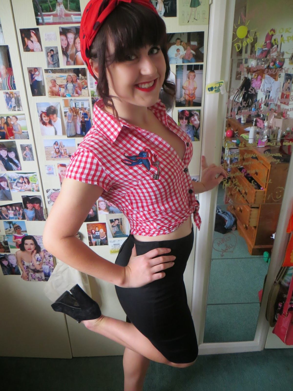 molly's fashion wonderland: halloween outfit- pin up girl