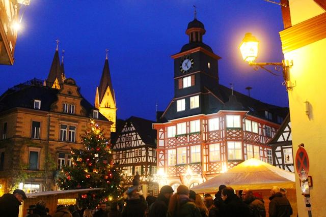 life as i know it frohe weihnachten aus deutschland. Black Bedroom Furniture Sets. Home Design Ideas