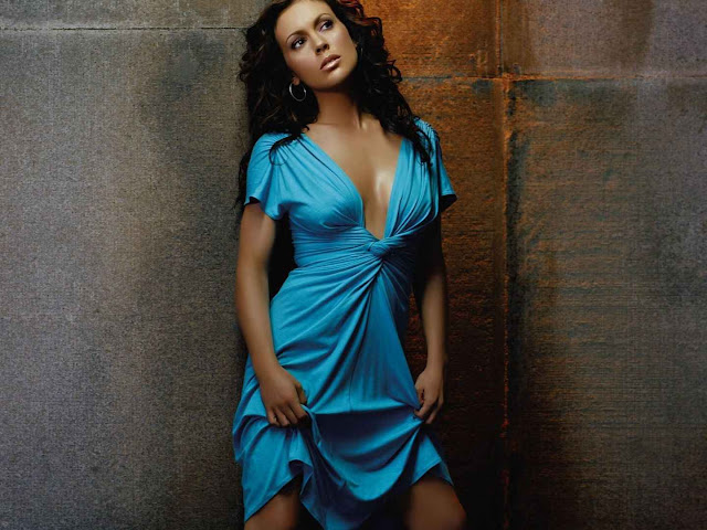 Alyssa Milano sexy in blue dress