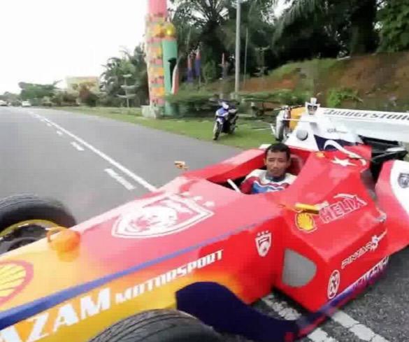 Kereta Lumba F1 Disiapkan Dalam Masa 56 Jam Oleh Lelaki Melayu Ini
