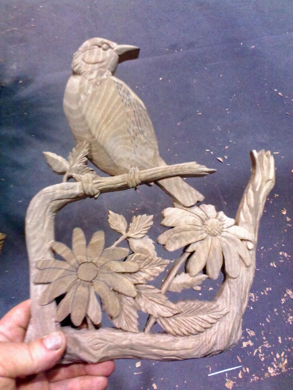 Como esculpir madeira