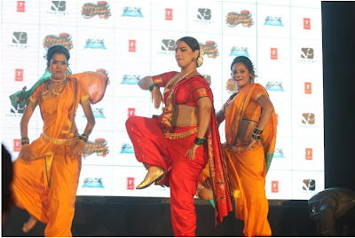 "viday balan dancing at the launch of lavani song mala jau de from ""ferari ki sawaari"" movie hot photoshoot"