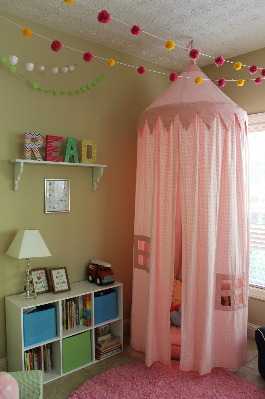 Goat lulu playroom reading nook for Kids reading corner ideas
