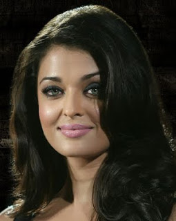 Aishwarya Rai Bollywood Diva's Smoky Eye Makeup Looks