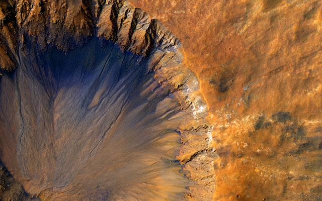 Разломы на Марсе