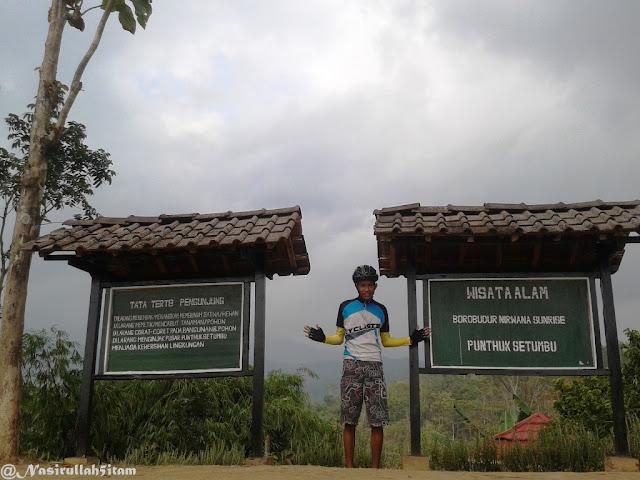 Di Punthuk Setumbu, Magelang