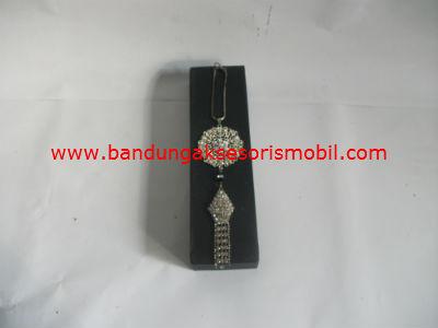 Gantungan Dad Berlian Motif Borobudur