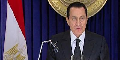 Mubarak Tidak Sudi Melepas Jabatan