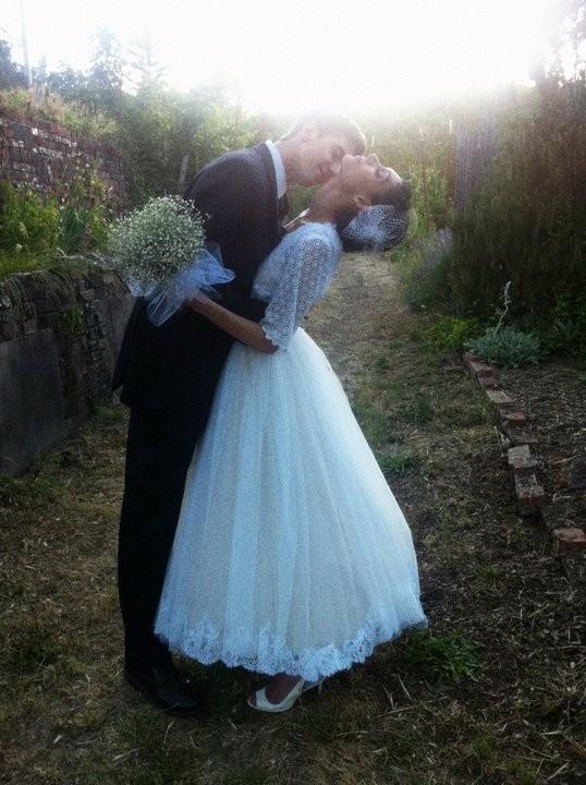 BRIDE CHIC: THE BRIDAL BLOUSE
