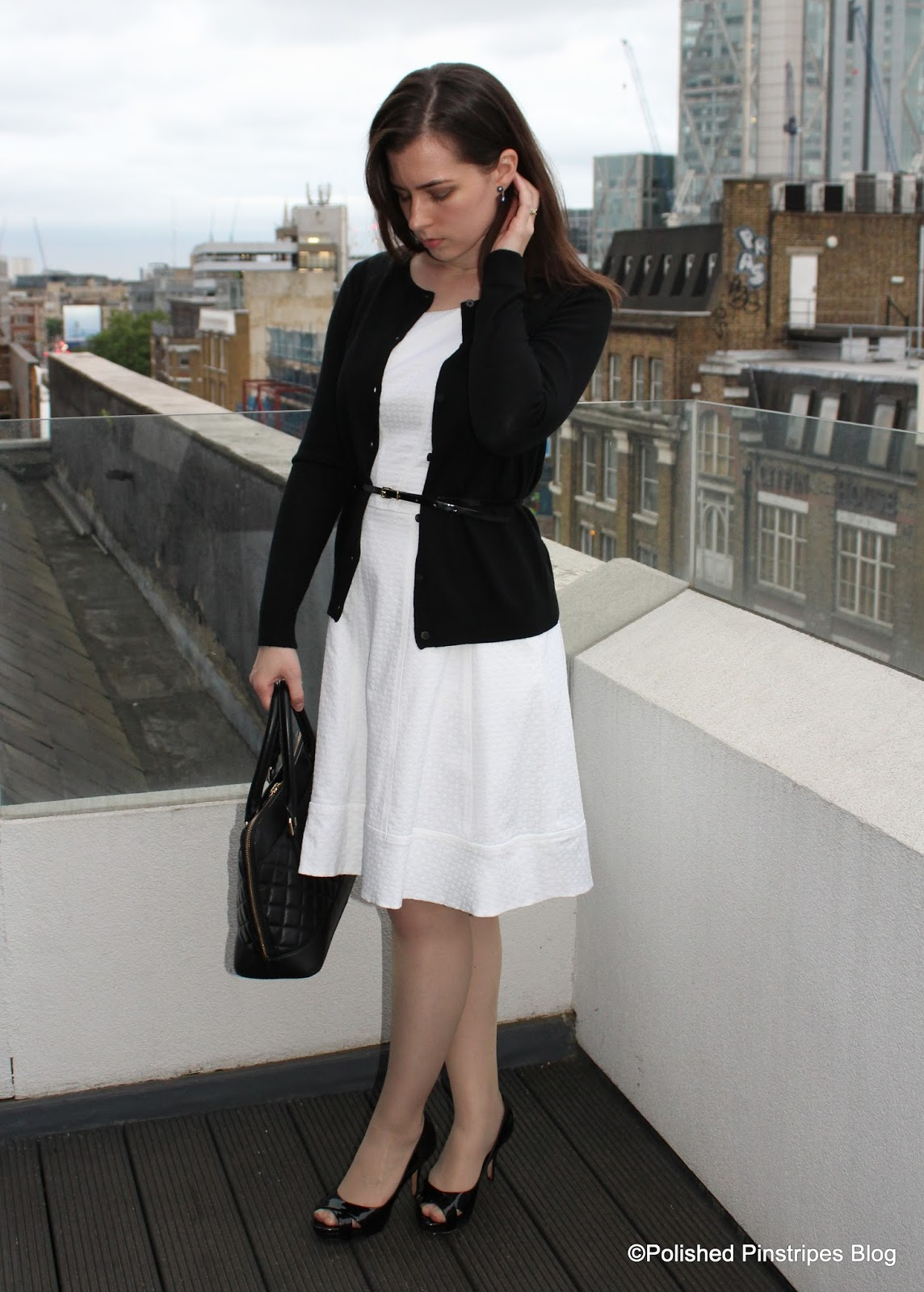 Black dress cardigan - What To Wear To Work Black Cardigan And White Dress