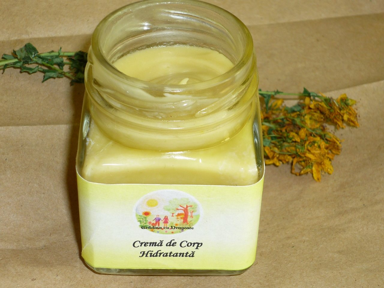 Crema Hidratanta Maini si Corp -100ml