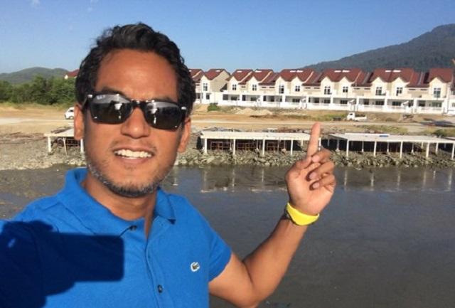 Khairy, rumah bersalib