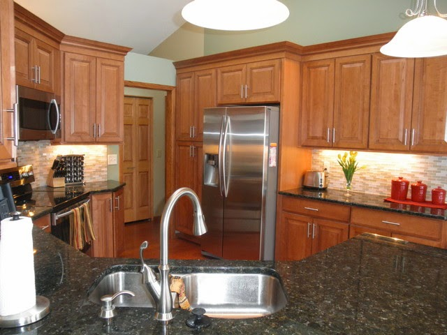 ideas maple kitchen cabinets